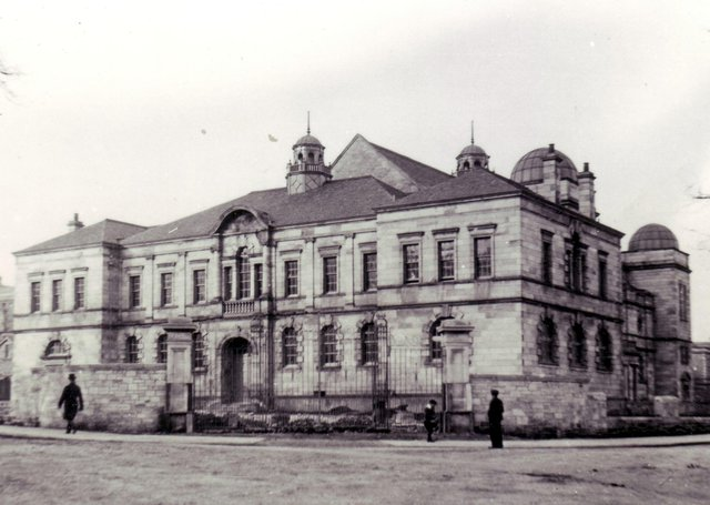 The Adam Smith Theatre, shortly after it opened in 1899.