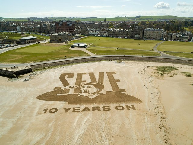 The sand art on the banks of the famous Old Course. Pic courtesy of The R&A