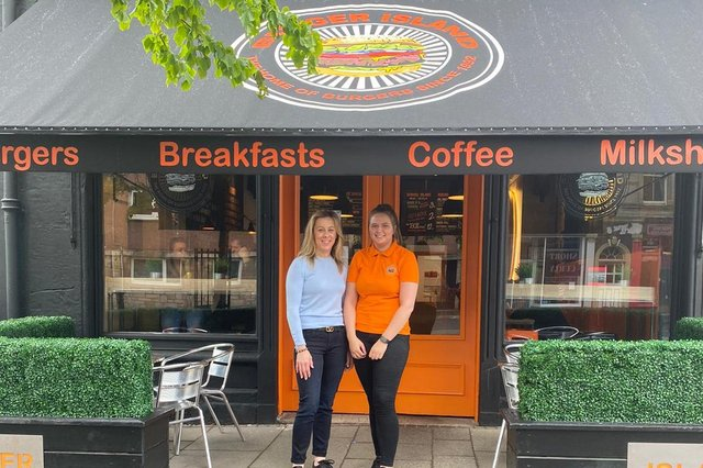 Burger Island has a new second outlet in Burntisland High Street. Pictured outside the new premises from left is: owner Raina Miller and manager Michaela  McLachlan.