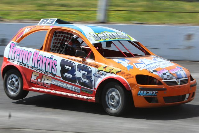 Kirkcaldy's Michael Bethune and his stock rod will soon be back entertaining spectators at the Racewall