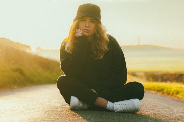 Julia, Kinghorn based singer-songwriter