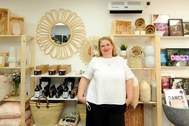 Simone Robertson-Wright in her new shop. Pic: Fife Photo Agency.