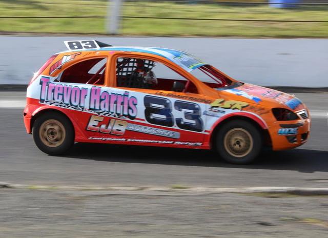 Michael Bethune (Kirkcaldy) in his Stock Rod at Cowdenbeath Racewall