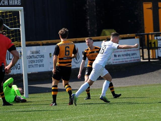 Dylan Tait celebrates scoring the winner against Alloa in April (Pic: Fife Photo Agency)