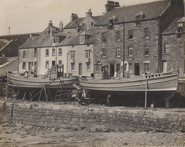 Manx Beauty and Manx Fairy prior to launch in 1937.