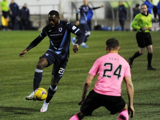 Gozie Ugwu against Inverness (Pic: Fife Photo Agency)
