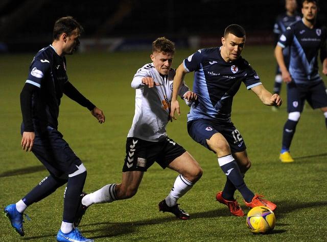 Ross Matthews on the ball against Ayr United (Pic: Fife Photo Agency)