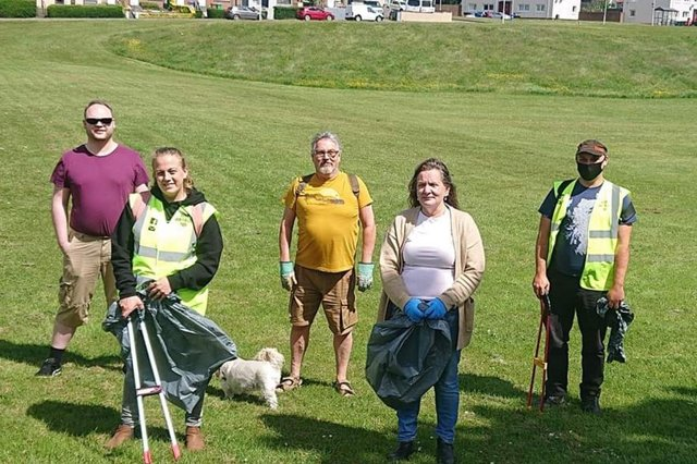 Keep Kirkcaldy Tidy on a previous litter pick in the town.