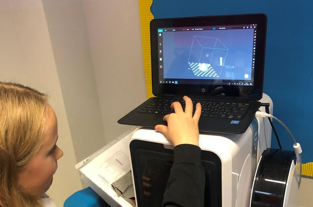 Duloch Primary School Pupil, Skye Archibald, taking part in the new project.