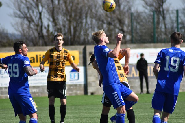 East Fife and their visitors from the north go toe to toe