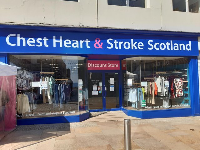 Chest Heart & Stroke shop in Kirkcaldy High Street