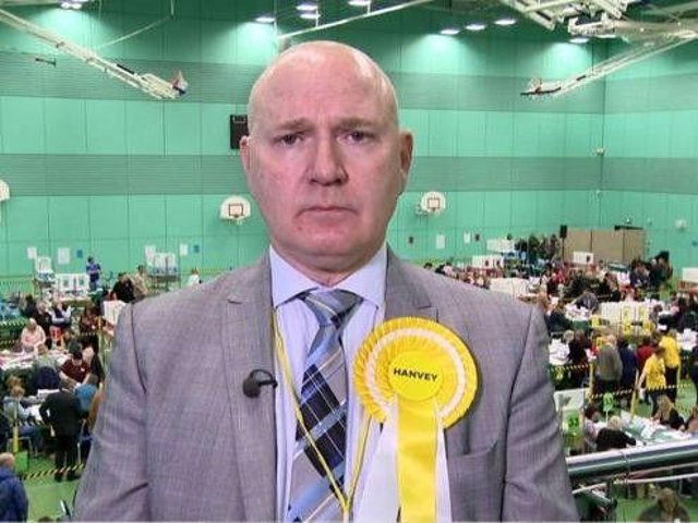 Neale Hanvey is to join Alex Salmond's Alba party.
