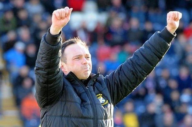 Darren Young has extended his contract at East Fife until 2023