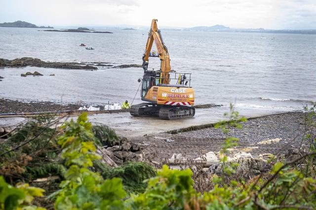Dalgety Bay radiation clean-up (Pic: Lisa Ferguson)