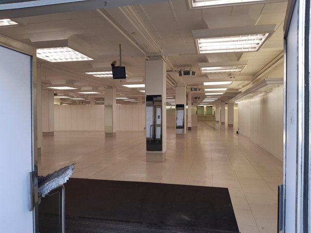 M&S on Kirkcaldy High Street is currently empty.