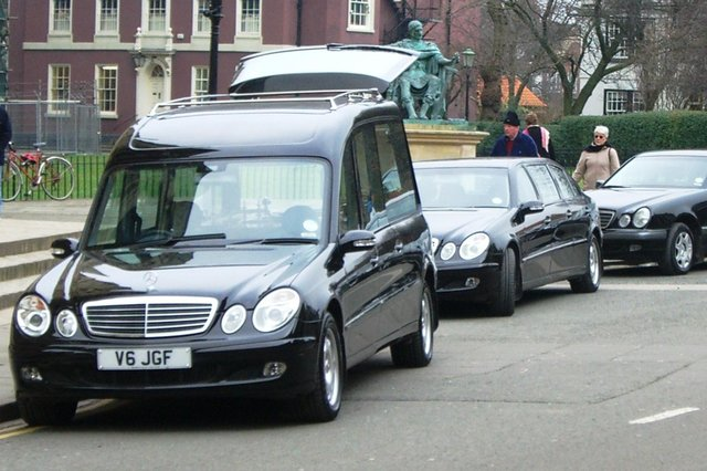 Plans to charge for liv streams of funeral services in Fife are set to be scrapped