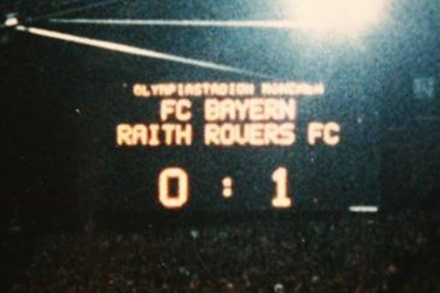 The famous half-time scoreboard in Munich - Bayern 0 Raith 1