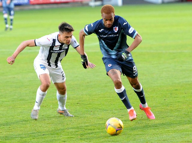 Manny Duku is leaving Stark's Park after one season with Raith Rovers (Pic: Fife Photo Agency)