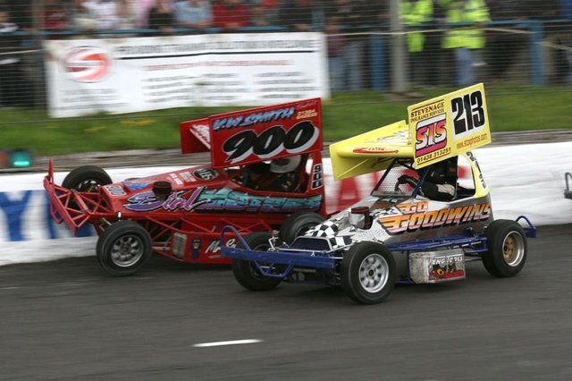 Action from the 2008 Formula II semi-final