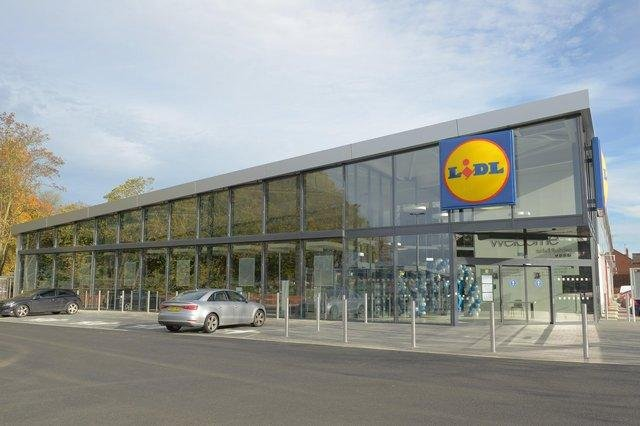 How the new Lidl store will look when it opens in Kirkcaldy this summer.